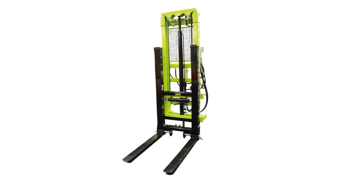 elevador-forklift-elevateur-anbaustapler-boxter-01