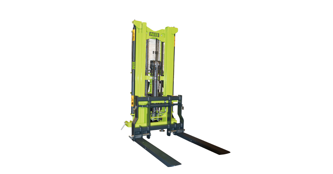elevador-forklift-elevateur-anbaustapler-master-01